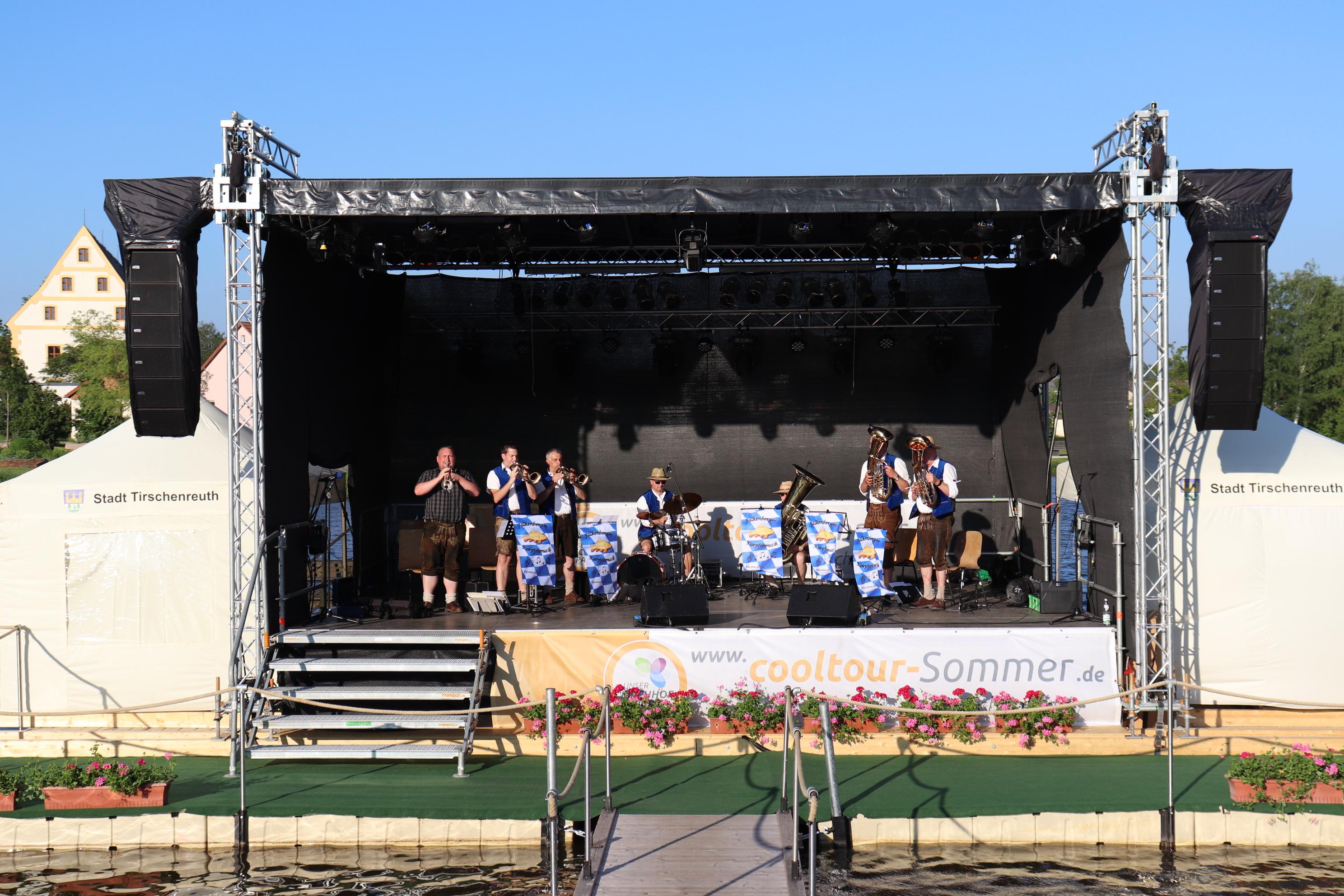 7. Juni 2019 - Eröffnung cooltour-Sommer 2019 Falkenberger Karpfenmusik